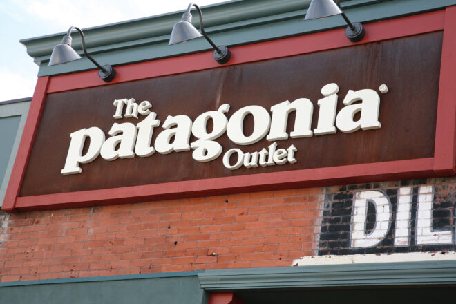 Patagonia Outlet sign
