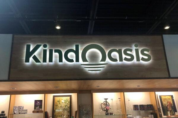 Kind Oasis sign